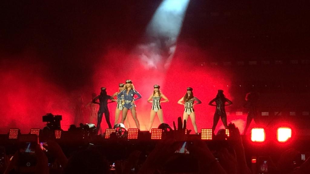Beyoncé et ses danseuses