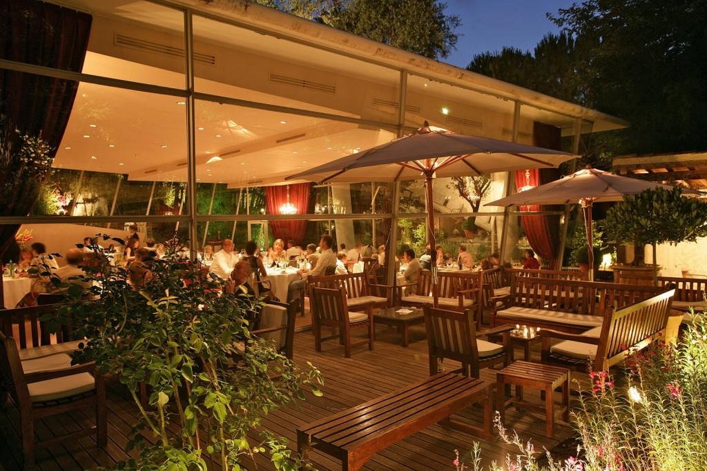 La Jardin des Sens des Frères Pourcel participe à Tous au Restaurant