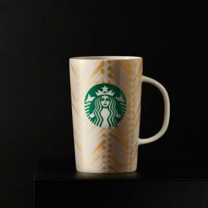 mug doré avec logo sirène starbucks coffee