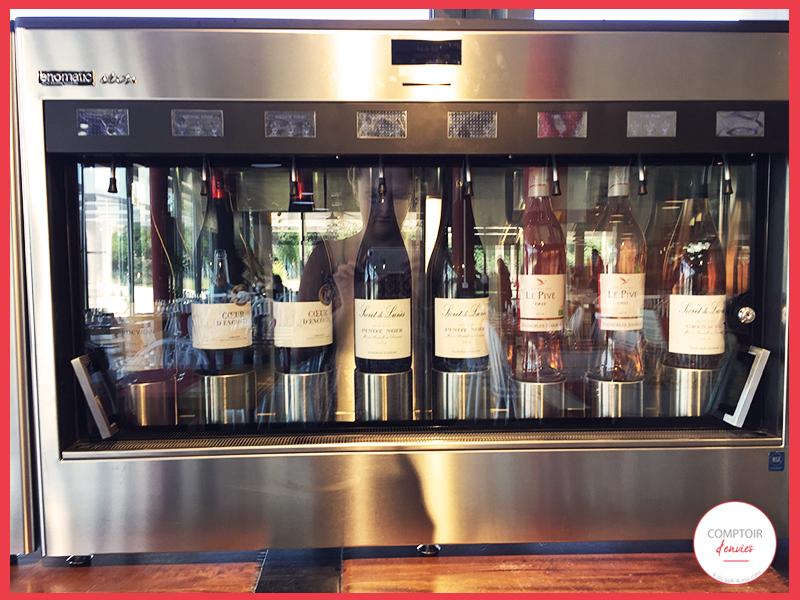 un distributeur automatique de vin est également accessible pour goûter plusieurs vins : renseignez vous auprès d