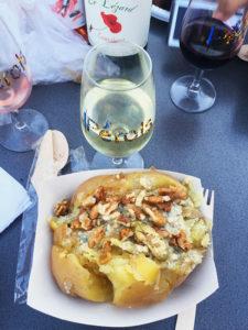 les délicieuses patates du food truck aux Mercredis du Terroir à Pérols